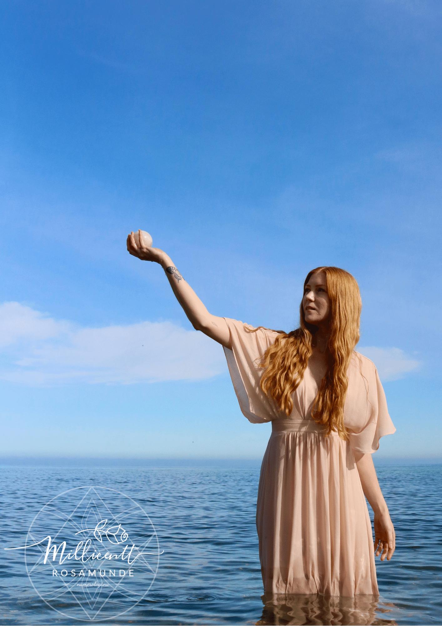 Det guddommelige feminine og maskuline - Klassisk Numerolog Millicentt Rosamunde