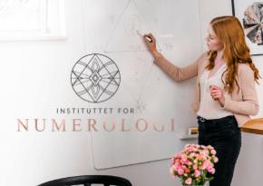 Klassisk numerologi bruger ikke undervibrationer - Instituttet for Numerologi - Match Numerolog Millicentt Rosamunde