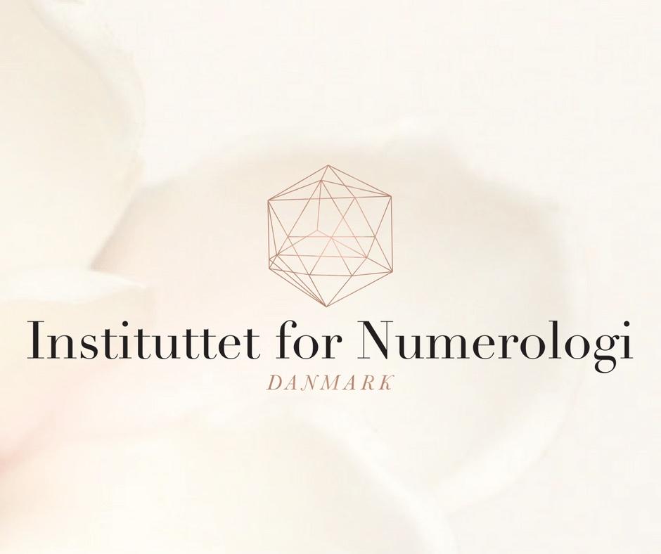 Titlen som match numerolog - instituttet for numerologi - millicentt rosamunde